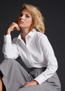JN685 Рубашка женская классическая Oxford